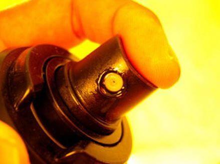 Nguyên nhân - cách khắc phục nắp nước hoa bị hư hỏng